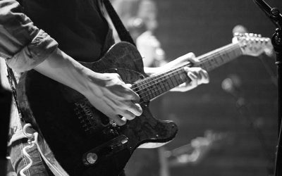 10 Easy Guitar Songs for Beginners (CHORDS, CHARTS & NOTES)