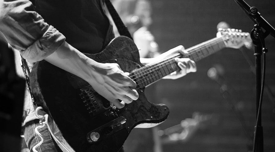 10 Easy Guitar Songs for Beginners (CHORDS CHARTS & NOTES)